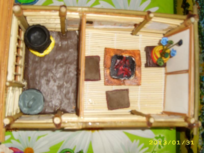 Внутри модели японского дома минка.